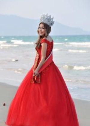 Grand — Prix Mrs. World Vietnam 2018 Сания Шакырова (Кыргызстан)